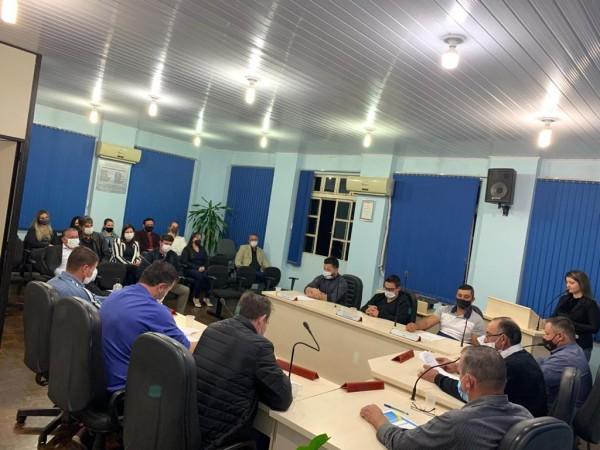 Sessão Solene - Moção de Aplauso e Reconhecimento aos profissionais da Unidade Básica de Saúde de Taquaruçu do Sul
