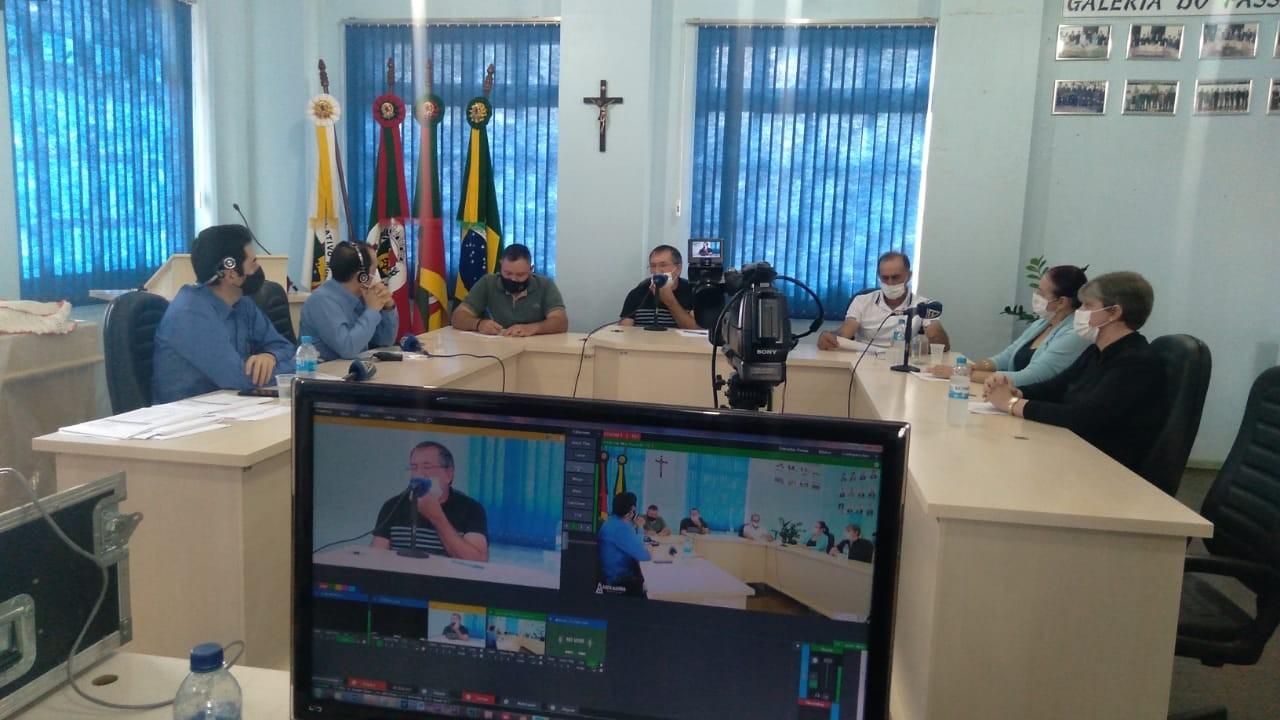 Entrevista Rádio Luz e Alegria com os Poderes Executivo e Legislativo Municipal