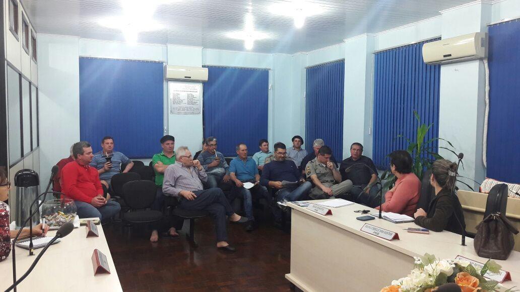Representante do Legislativo Municipal faz parte da comissão para organização da Semana Farroupilha no Município